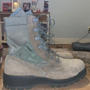 Vibram Shoes - Air Force issued lace up boots